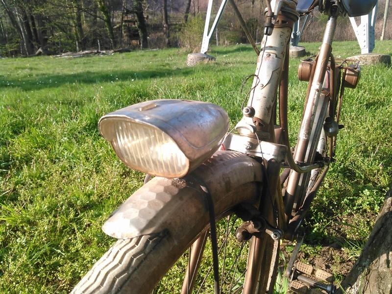 bicyclette motoconfort années 50/60 Kimg0064