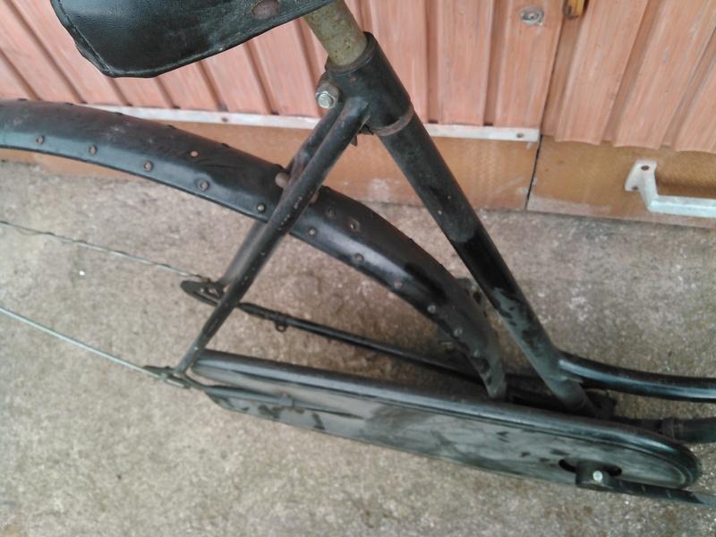 Peugeot col de cycgne années 30 Kimg0167