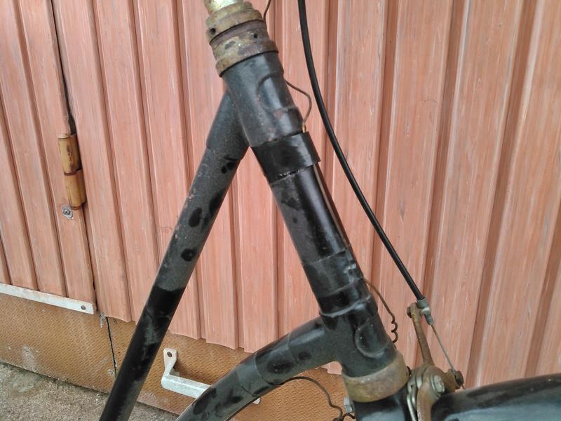 Peugeot col de cycgne années 30 Kimg0169