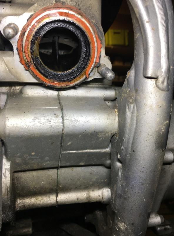 Wd40 ou dégraissant frein dans cylindre ( valves collées ) Img_4718