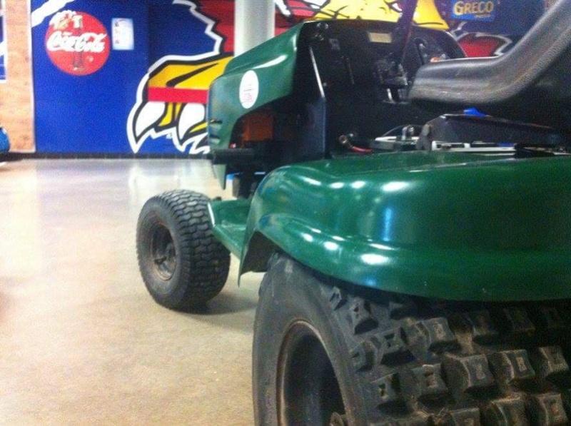 "Craftsman LT 1000 racer build ""The green bastard"" Img_3311"