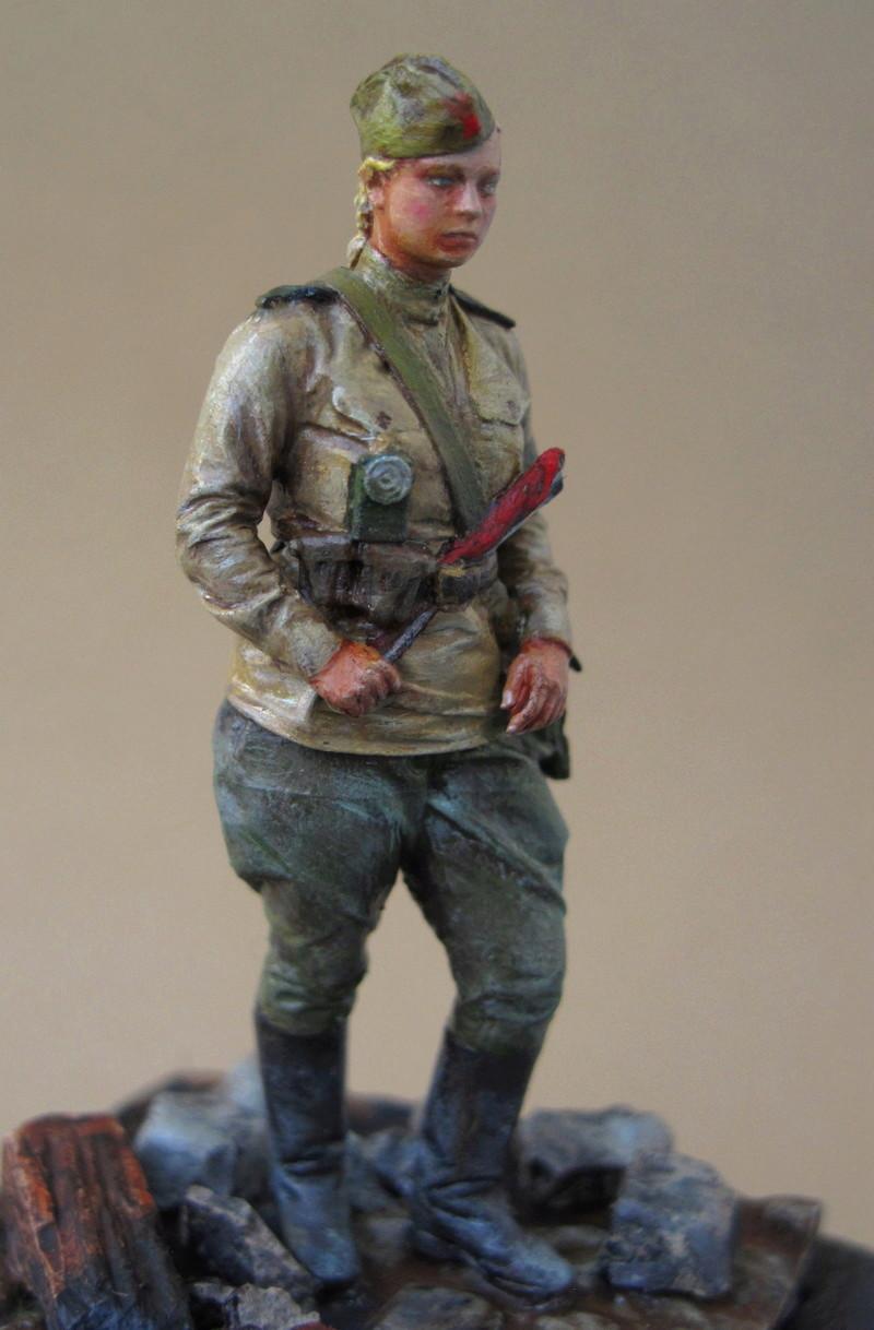 Soldate soviétique à Berlin , fin mai 1945 00110
