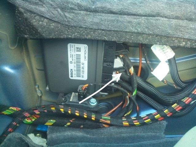 Comment installer un interrupteur de porte de garage - Tutoriel Boxster 986 Compte10