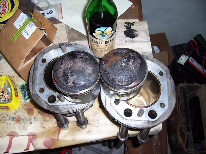 Colle technique piece en métal dans le récupérateur d'huile moteur et boite Sd_00710