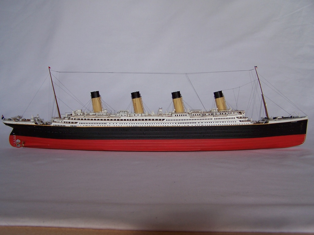 RMS Titanic-Revell 1/570 100_5810