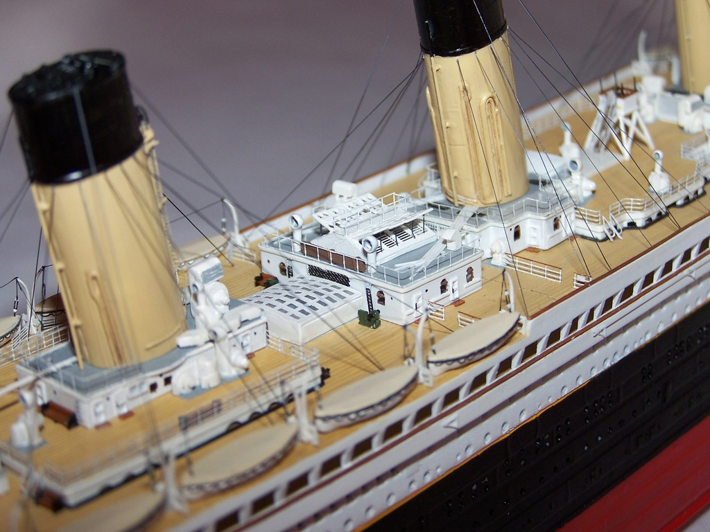 RMS Titanic-Revell 1/570 100_5812