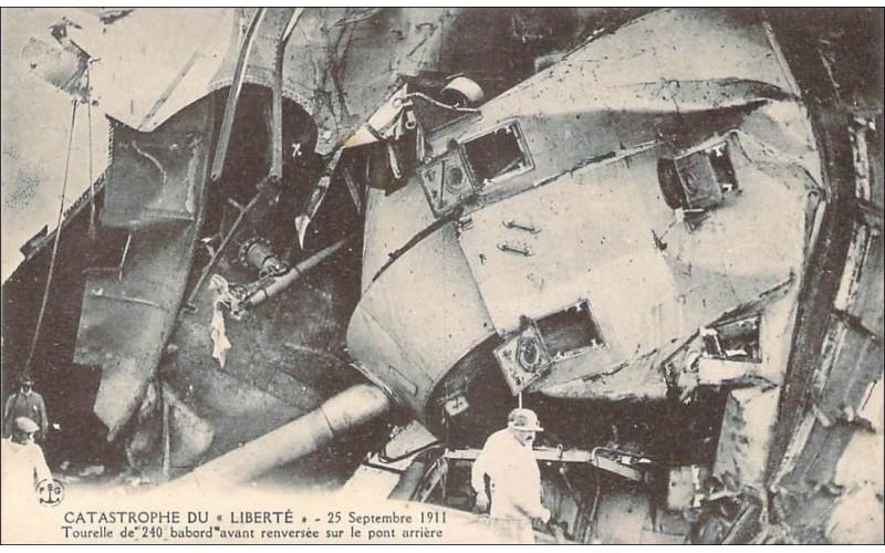 catastrophe Liberté Bateau11