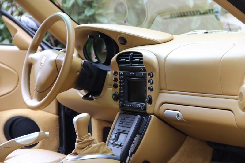 Gros detailing int rieur full cuir 996 4s x51 for Interieur 996
