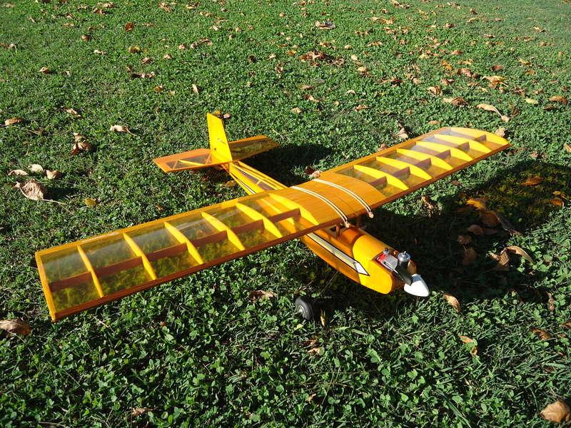 Engine K&B 0.049 Dsc02220