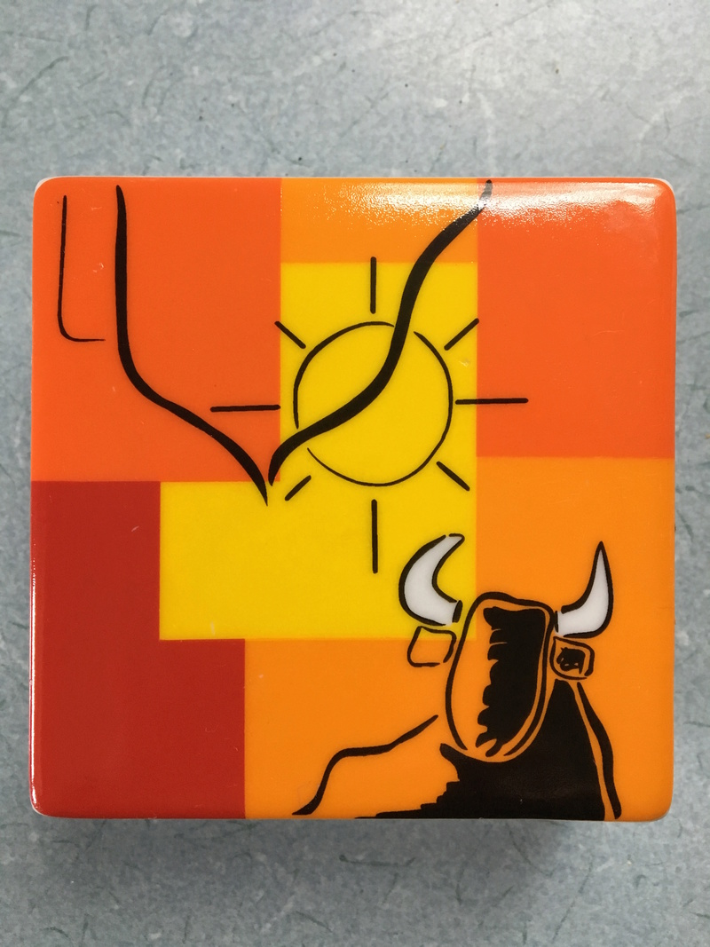 Please Help With This Bright Spanish Lidded Box with Bull Design Img_1614