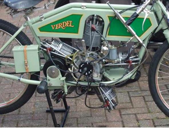 No limit à l'imagination pour les motos, Humour of course! - Page 40 Captu159