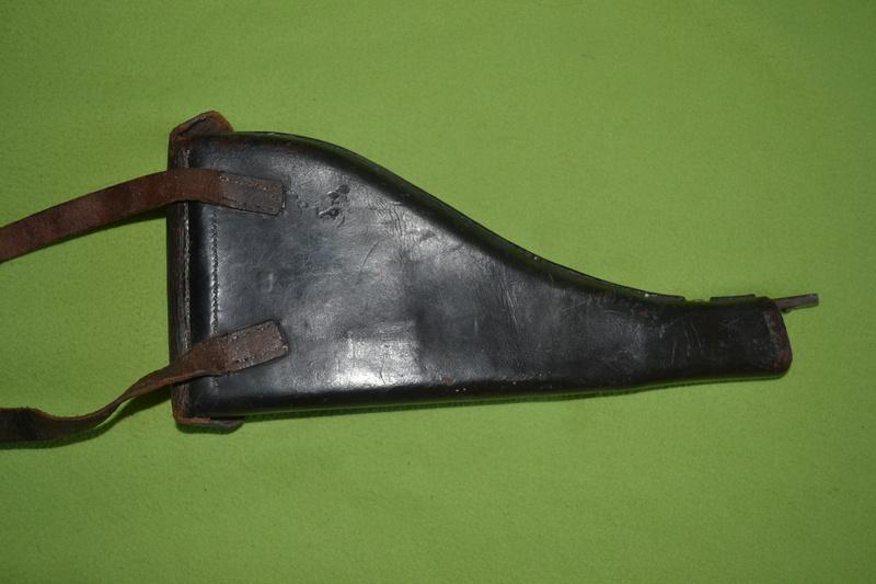 Etui crosse Swiss revolver Dsc_0033