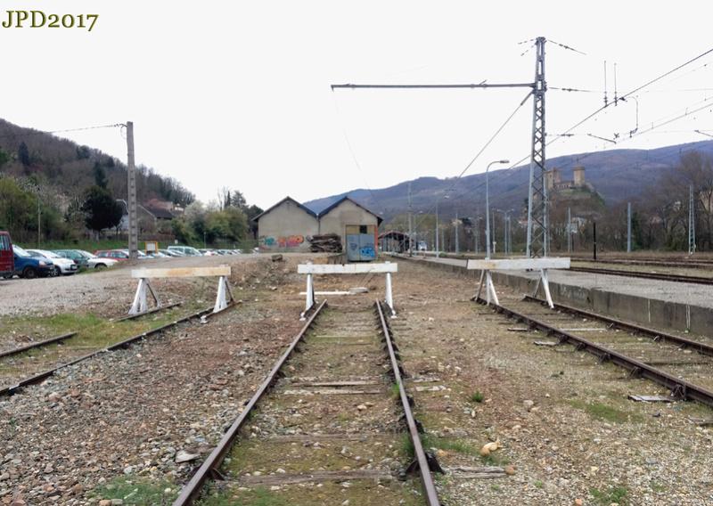 Pk 082,2 : Gare de Foix (09) - 2017 : Chantier devant ! Cf_20115