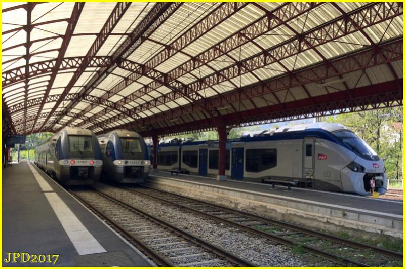 Pk 082,2 : Gare de Foix (09) - 2017 : Chantier devant ! Foix10