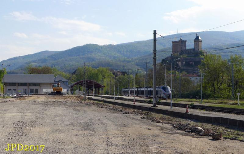 Pk 082,2 : Gare de Foix (09) - 2017 : Chantier devant ! Foix_110