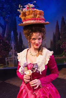On stage, if not in real life, 'Marie Antoinette' ends well  17-02-10