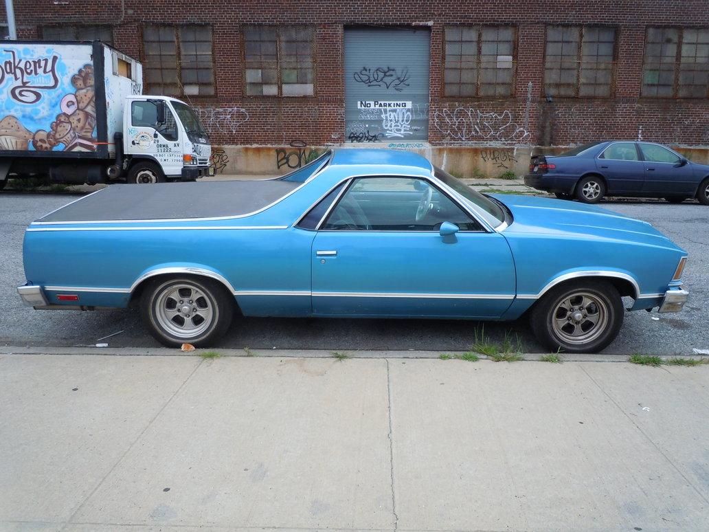 STREET VIEW : les vieilles voitures américaines - Page 4 1978_c10
