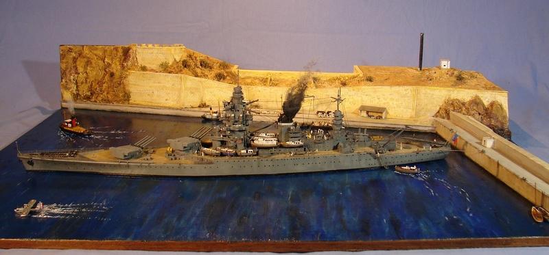 [1/400] diorama cuirassé Dunkerque à Mers El-Kébir 1940. - Page 8 Dsc00712