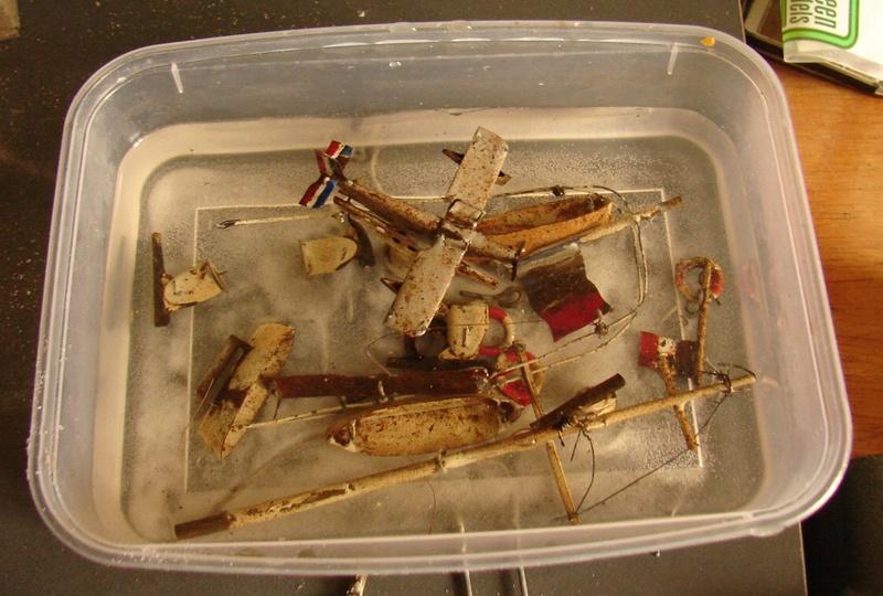 restauration maquettes-jouets Dumont d'Urville et L'Alerte Dsc01312