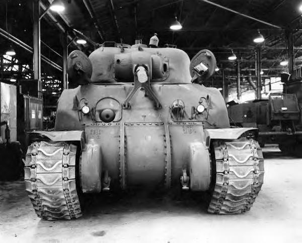 identification Sherman d' Artillerie E9susp10