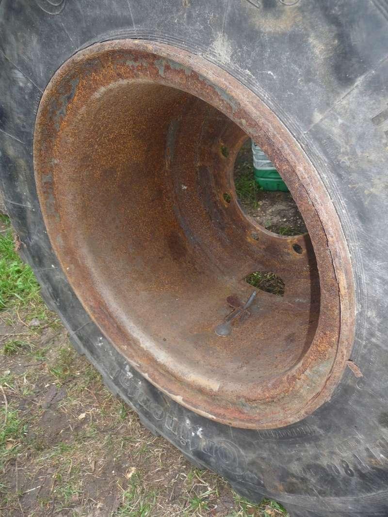 Démontage d'un pneu sur jante à cerclage (ou jante à cercle) P1090920