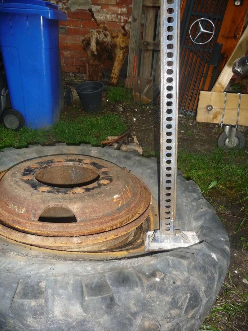 Démontage d'un pneu sur jante à cerclage (ou jante à cercle) P1090922