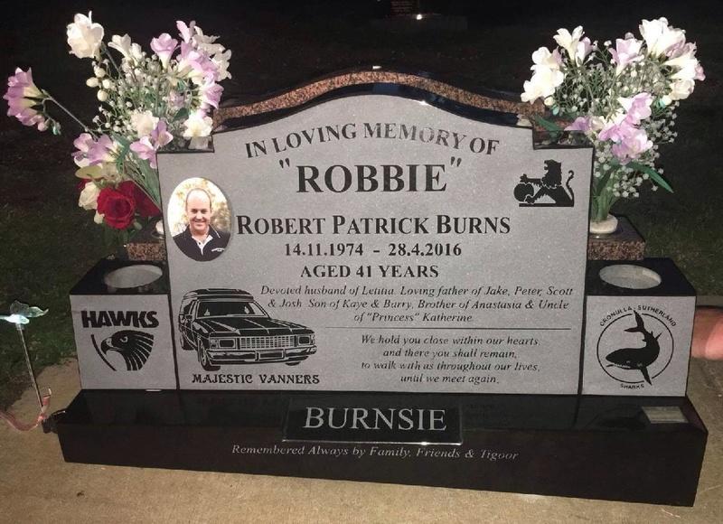 RIP ROB BURNS Headst10