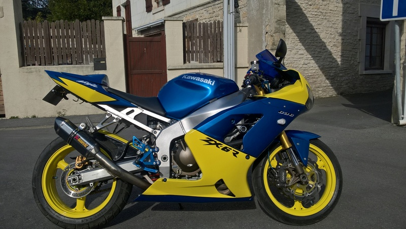 zx6r red bull Wp_20112