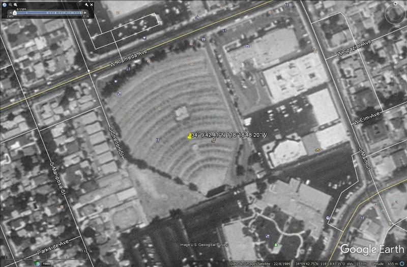 Lieux de tournages de films vus avec Google Earth - Page 32 Alamed10