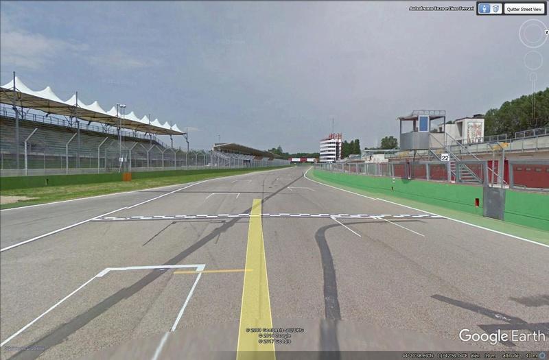 Roulez sur les circuits automobile et moto avec Street View Imola10