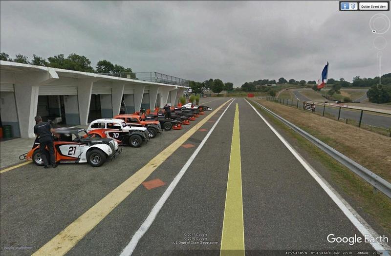 Roulez sur les circuits automobile et moto avec Street View Pau10