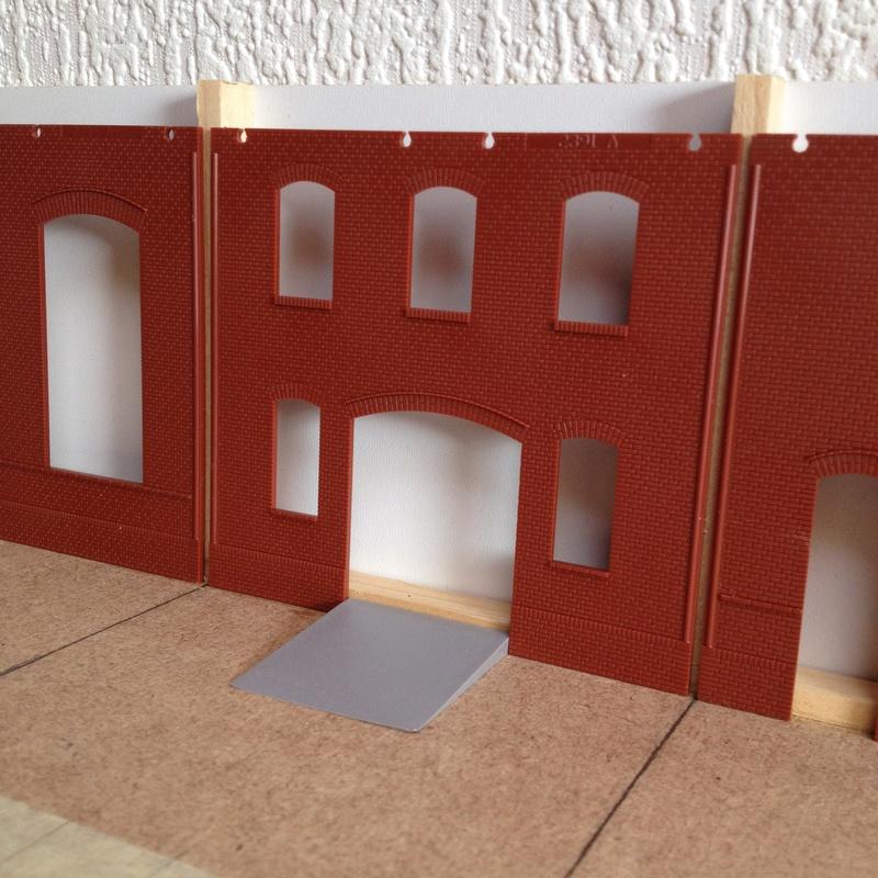 """Dioramas """"voies ferrées"""" échelle 1:87 - Page 2 Img_1641"""