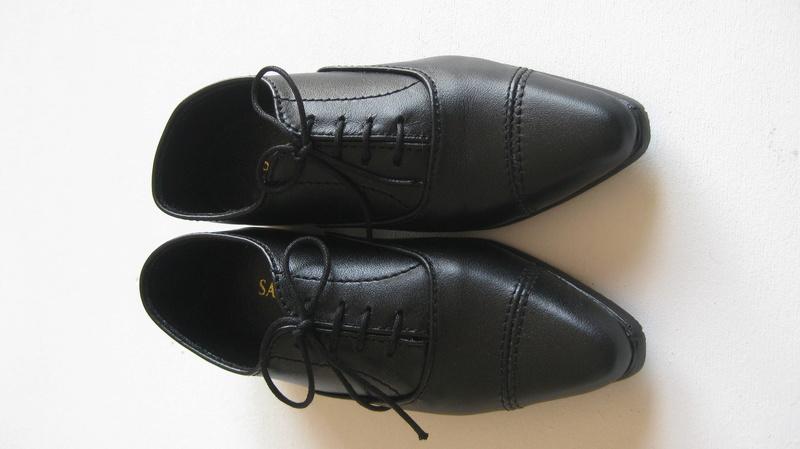 Vends 1/3 chaussures dollshe/EID, robe/chemisier iplehouse Img_4510
