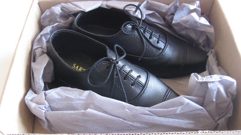 Vends 1/3 chaussures dollshe/EID, robe/chemisier iplehouse Img_4511