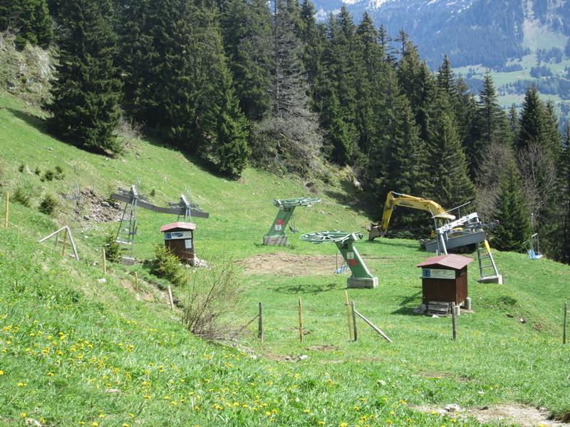 Construction du télésiège débrayable 4 places Le Fer-Brion-Tête d'Ai à Leysin VD Suisse (TSD4) Img_1949
