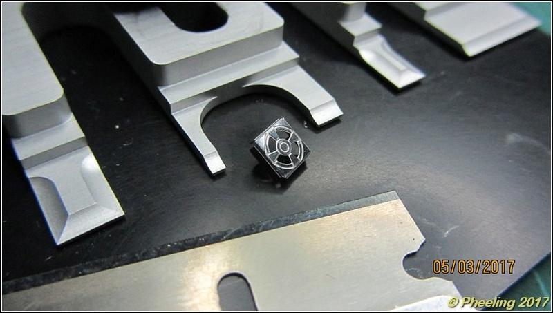 R2-D2 [Metal Earth] 09_80010