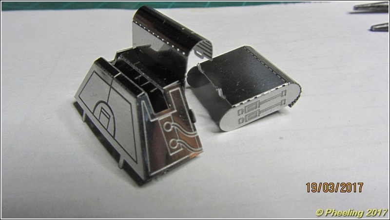 R2-D2 [Metal Earth] 18_80010