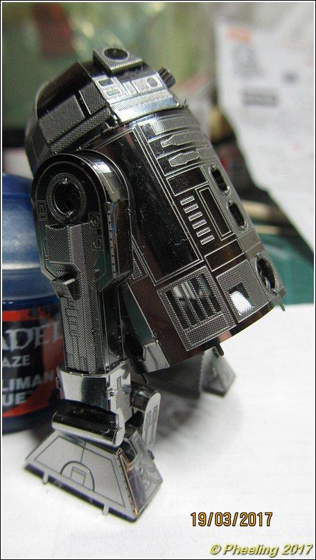 R2-D2 [Metal Earth] 21_80010
