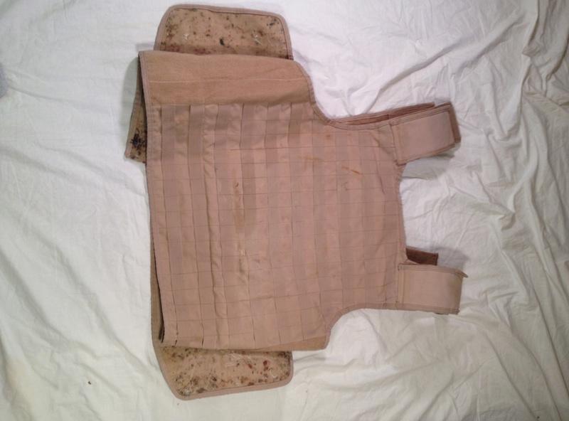 Post-Invasion Tan Iraqi Body Armor Vest with MOLLE Img_2714
