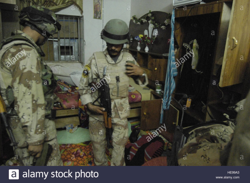 Post-Invasion Tan Iraqi Body Armor Vest with MOLLE Nottra11
