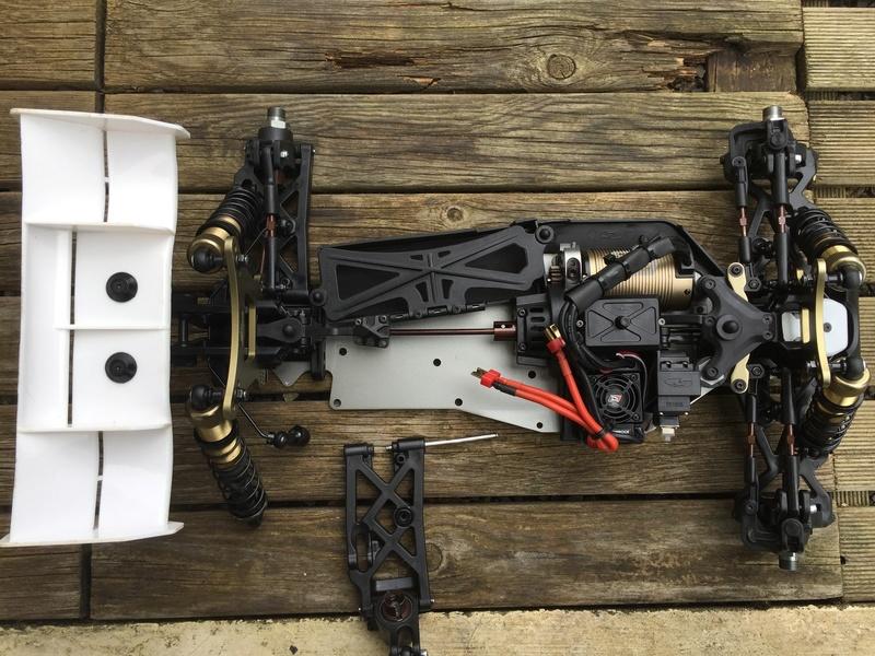 Serpent Cobra 811BE RTR + 2.1 Kit S1410