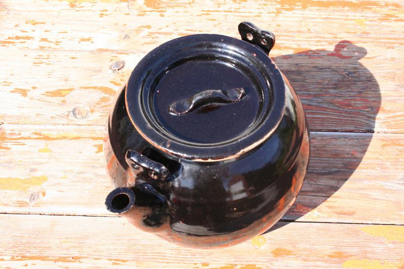 Large Tenmoku glaze teapot...Chinese? Img_0720