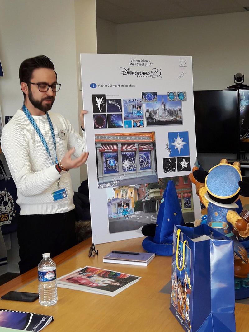 Présentation du Merchandising des 25 ans de Disneyland Paris 20170211