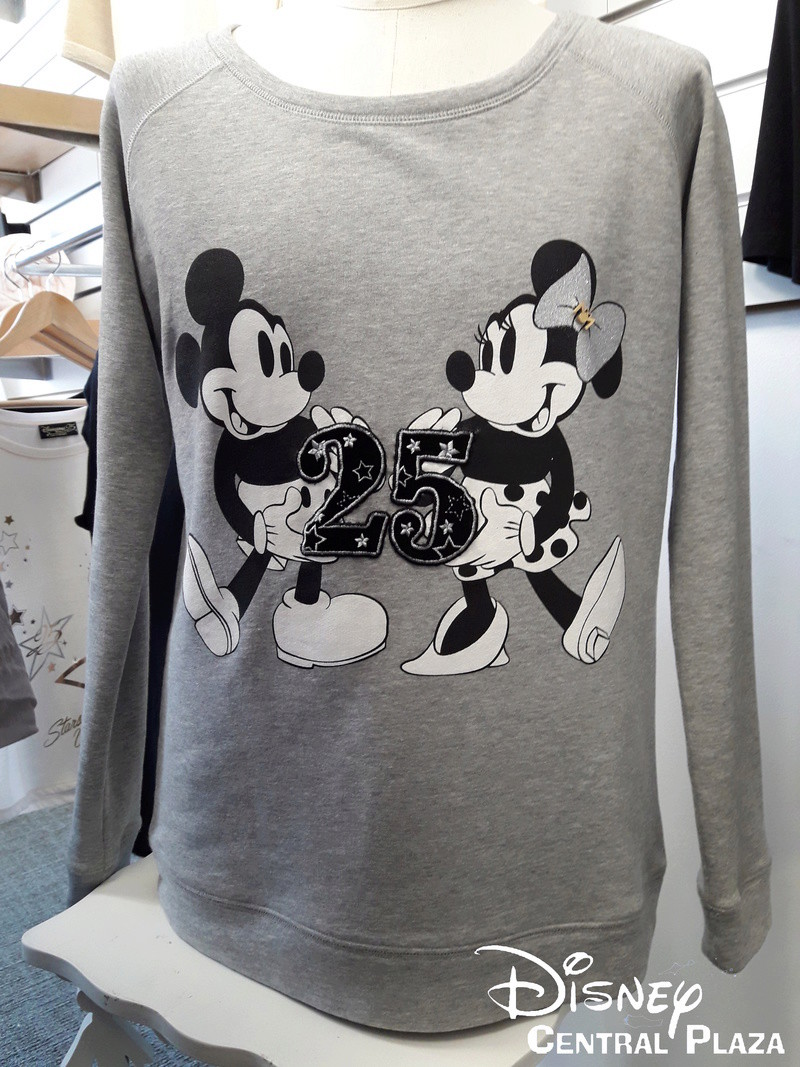 Présentation du Merchandising des 25 ans de Disneyland Paris 20170256