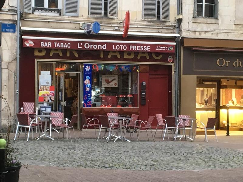 Nouvelle adresse à Bourges... Img_1413