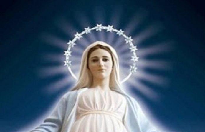 Appel à Mobilisation des Prêtres Evêques Paroisses: non-nés broyés  - Page 7 Marie-11