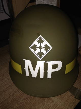 L'UNIFORME DE LA 4th INFANTRY DIVISION : LE CASQUE M1 Img_0527