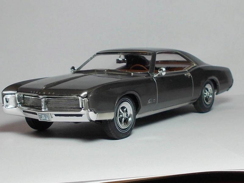 1966 Buick Riveria 00310