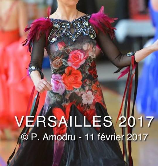 Robe Standart plumes strasses fleurs 110