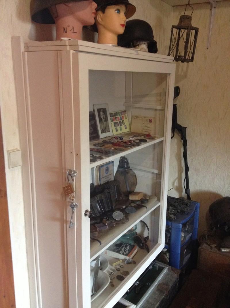 Comment construire sa propre vitrine, son propre meuble de présentation !  Img_0821